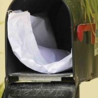 De brievenbus van MFK-Statenlid Amerigo Thodé met de teruggestuurde subsidieverzoeken.