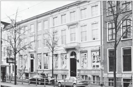 De panden aan de Prinsegracht 63-65 waarop Gevolmachtigde minister Marvelyne Wiels haar oog heeft laten vallen.