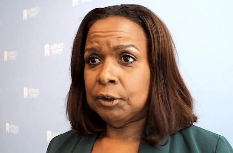 Gevolmachtigde Minister van Curacao Marvelyne Wiels daagt Ombudsman van Curacao