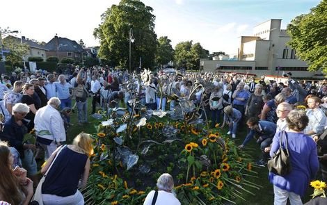 Het monument voor de vijftien Hilversumse slachtoffers van de ramp met vlucht MH17 | Foto Allessie, Aldo