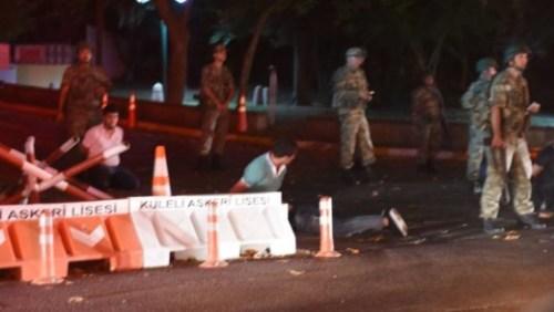 Turkse militairen houden agenten gevangen AFP