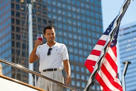 Leonardo DiCaprio als hoofdpersoon Jordan Belfort in 'The Wolf of Wall Street'. Amerikaanse autoriteiten eisen beslaglegging op de rechten van deze film in verband met een fraudeonderzoek. (Foto: HH)