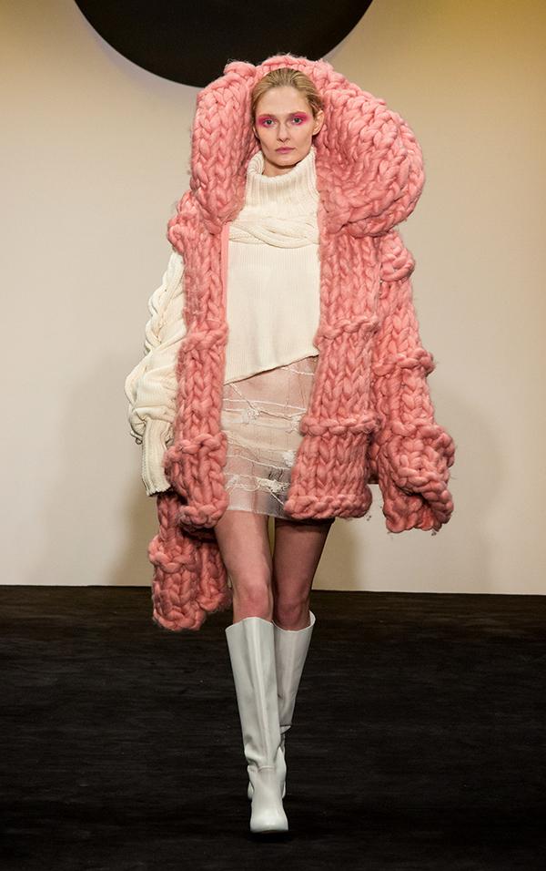 knitGrandeur®: FIT The Future of Fashion 2018, Knitwear-Designer Emily Luberto