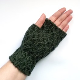 16-08-29-green-glovews-3