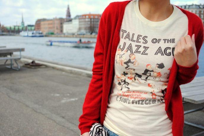 Pin Ups: literary t shirts| knittedbliss.com