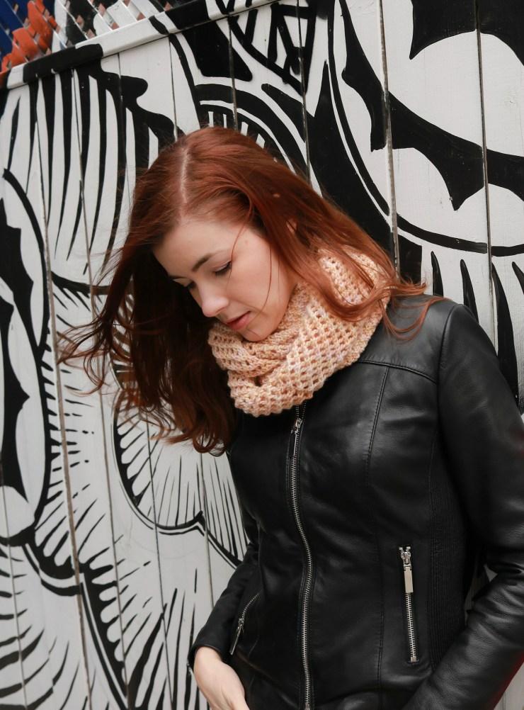 Casu Cowl   Darn Good Yarn   knittedbliss.com