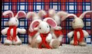 Вязаный кролик спицами