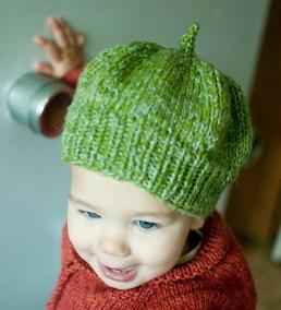 November: Baby hat