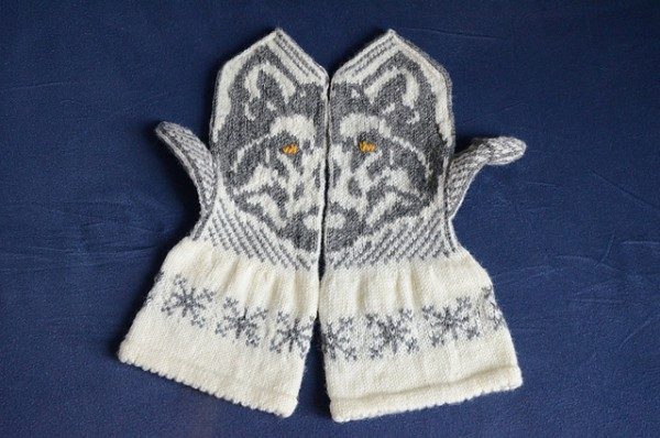 mittens inspired by literature