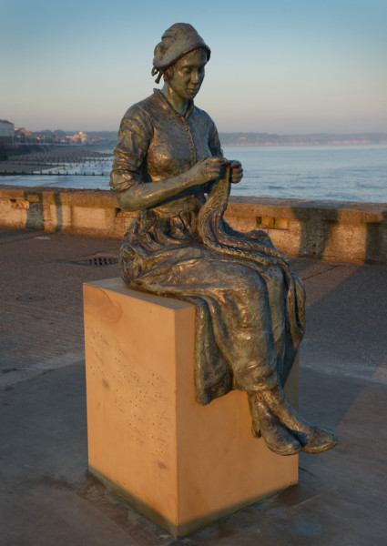 gansey girl statue