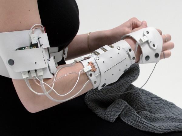 Cyberknitics translates the action of knitting into sound.