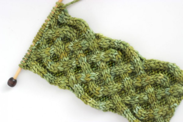 Saxon braid cable knitting tutorial.