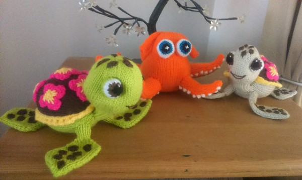 knit characters from Finding Dory including Squirt the Turtle.