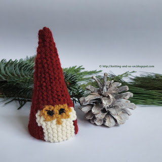 knit christmas gnome