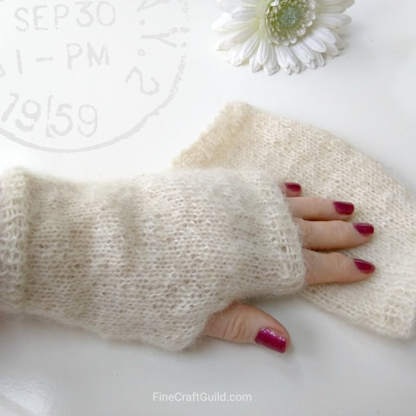 Easy Fingerless Gloves, Because it's Cold Out There (and in Here)