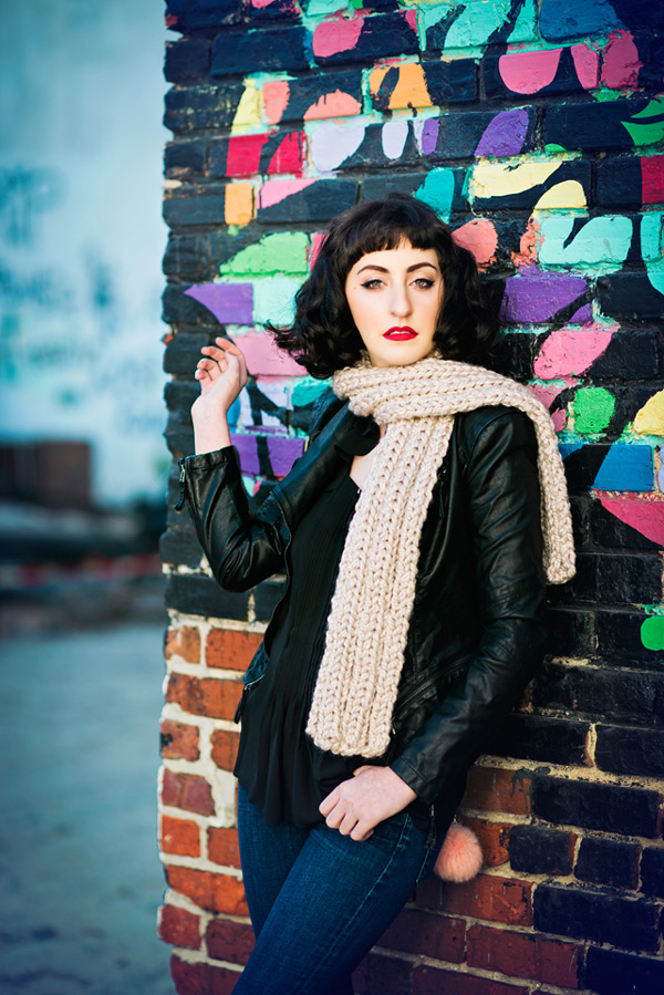 A Super Bulky Scarf that Knits up Super Fast