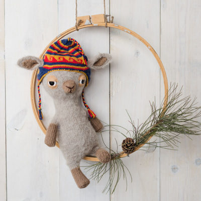 Make A Llama Using Llama Yarn Knitting