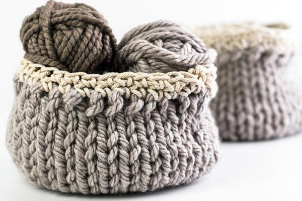jumbo yarn knit baskets