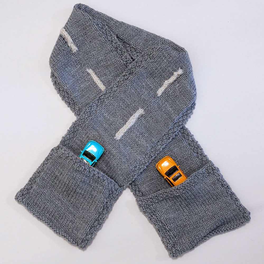 Road Scarf with Pockets knitting pattern