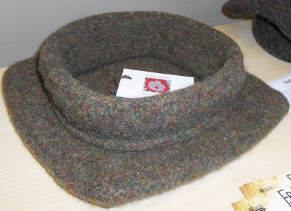 Emma Vining's completed knitted Tudor cap from the KHF workshop in March 2014