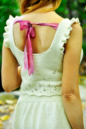 twirl-of-your-dreams-knitted-daisy-lace-crop-top-and-skater-skirt-knitting-pattern-6