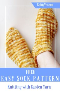 Free Easy Sock Knitting Pattern from Knittyvet.com