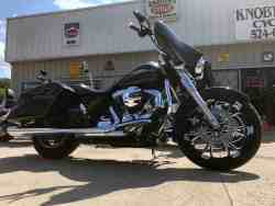 Check out this 2014 Streetglide FLHX