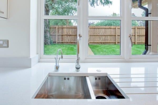 5 unique kitchen sinks for your next