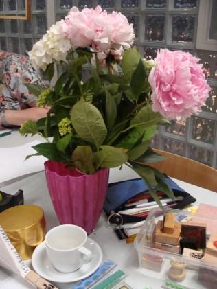 Bloemetje voor mij... - Flowers for me.....