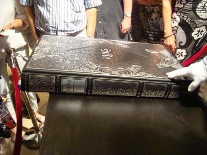 Het boek! - The book!