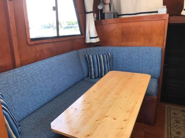 Main Cabin / Galley Dining Table