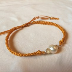 citrine macrame bracelet with pearl and yellow cord