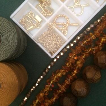 amber and wood jewellery making kit