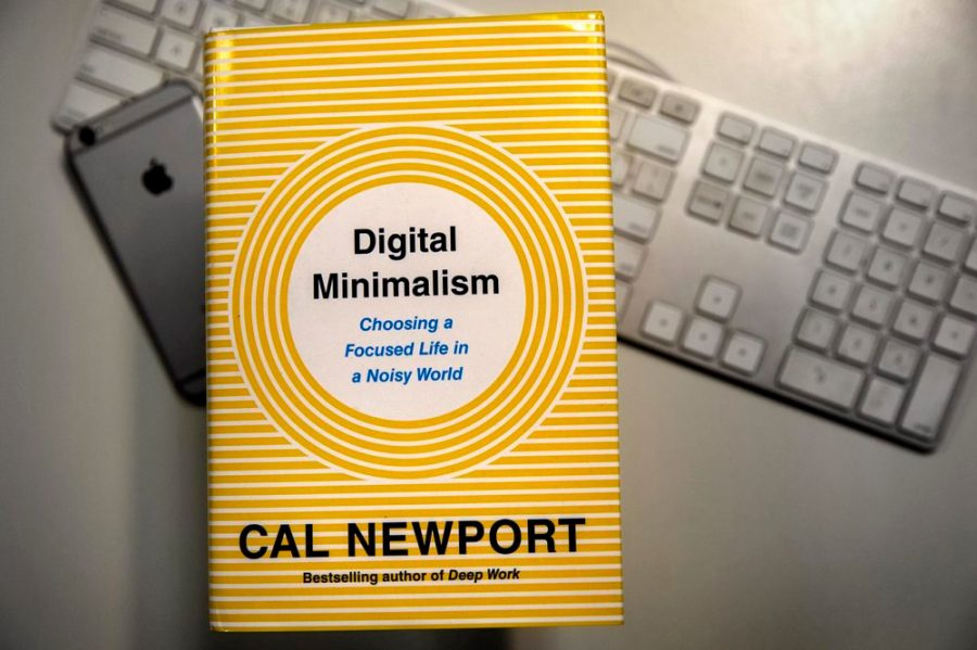 Digital Minimalism by Cal Newport Book Review