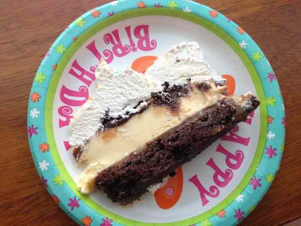 gluten free ice cream cake from knowgluten.me