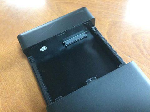 ORICO 3.5インチ HDD ケース 内部です
