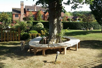 Oak organic circular bench