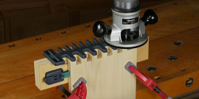 Leigh B975 Box Joint & Beehive Jig in use