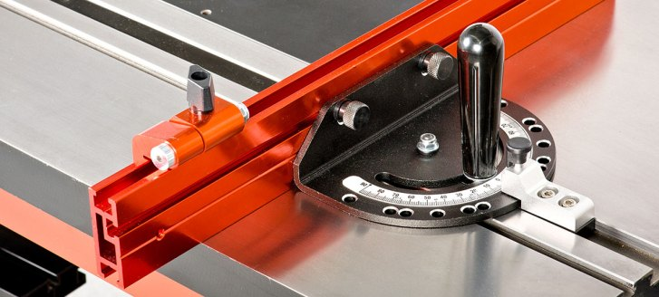 4. Use the UJK Technology Precision Mitre Gauge & Fence to accurately cut mitres