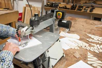 Axminster Trade Series scroll saw