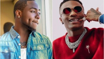 Wizkid Makes Being Nigerian A Thing Of Pride – Fans Gush Over Singer's Custom Made Diamond Ring
