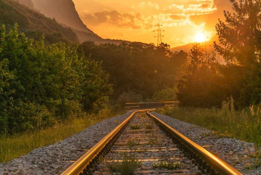 How To Keep Your Marketing Plans On Track