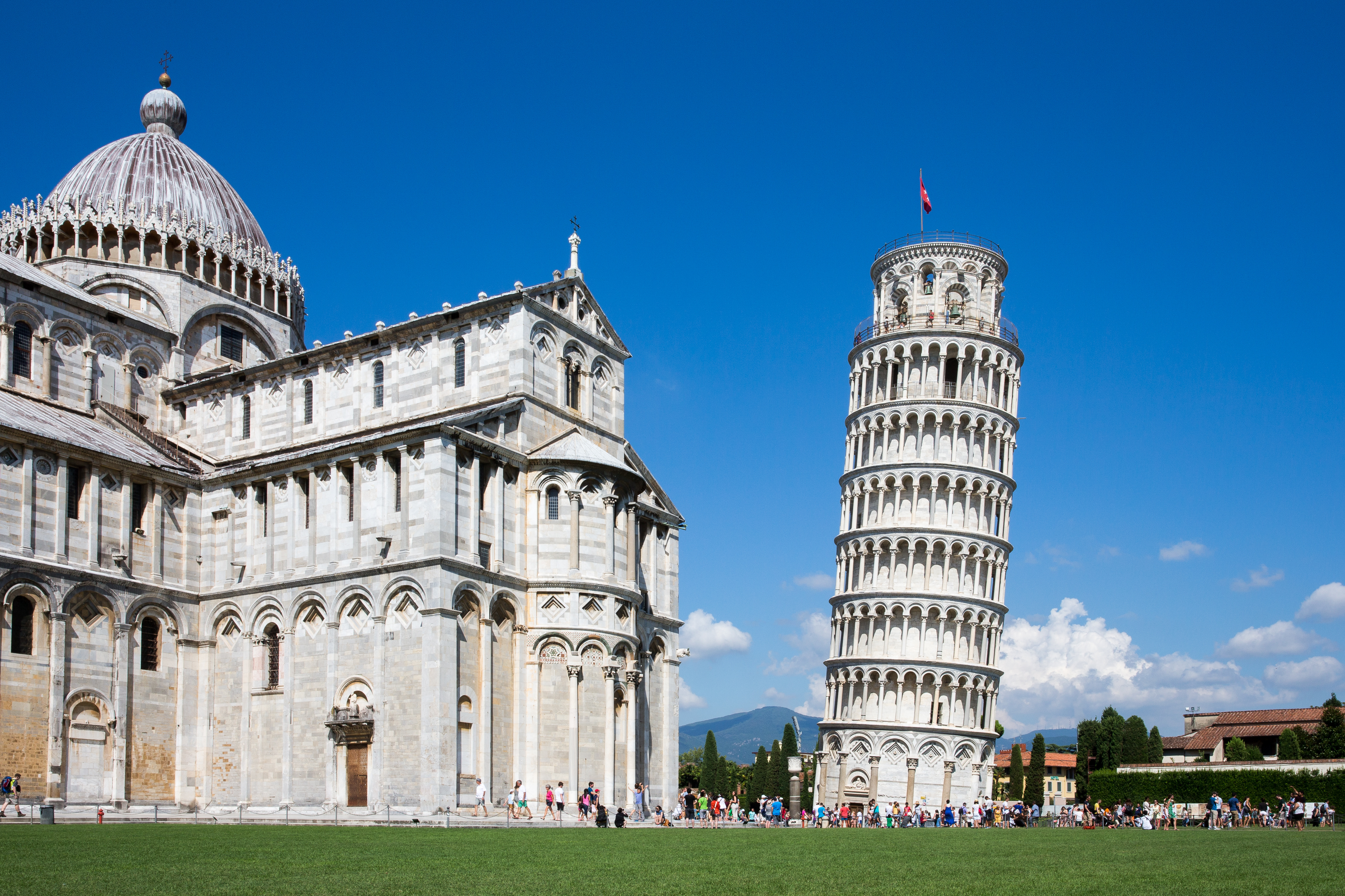 how to get to pisa tower from rome