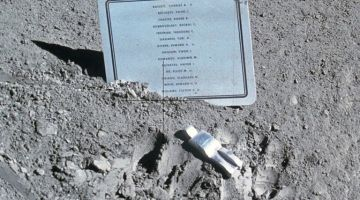 The Once Secret Sculpture on the Moon – The Fallen Astronaut
