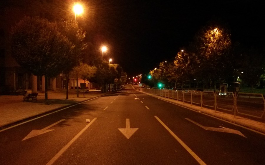 Empty_road_at_night (2)