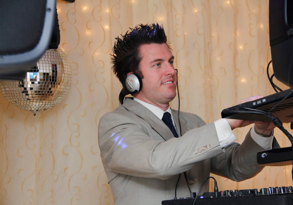 Knoxville Wedding DJ, DJ Entertainment Knoxvillle, DJ Knoxville, Entertainment services Knoxville, Knoxville DJ, Knoxville DJ Services, Knoxville Entertainment, Knoxville Entertainment Services, Knoxville Event Lighting and Sound, Knoxville Lighting, Knoxville Lighting and Sound, Knoxville Music Service, Knoxville Wedding DJ, Knoxville Wedding Entertainment, Lighting rentals Knoxville