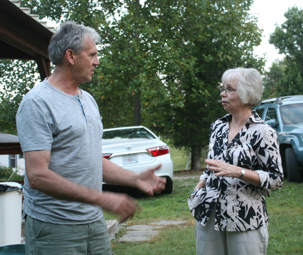Graham talks books to Knoxville poet Linda Parsons Marion.