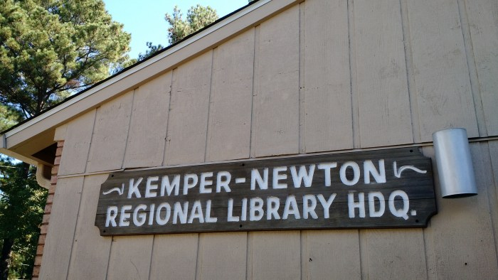 Kemper-Newton Regional Library Headquarters sign.