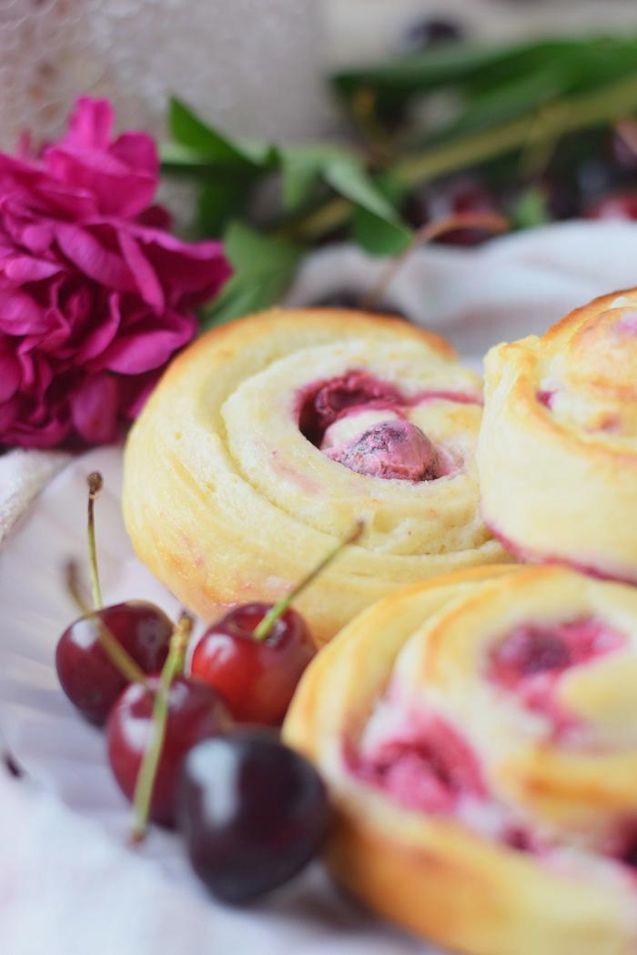 Kirsch Cheesecake Schnecken 4