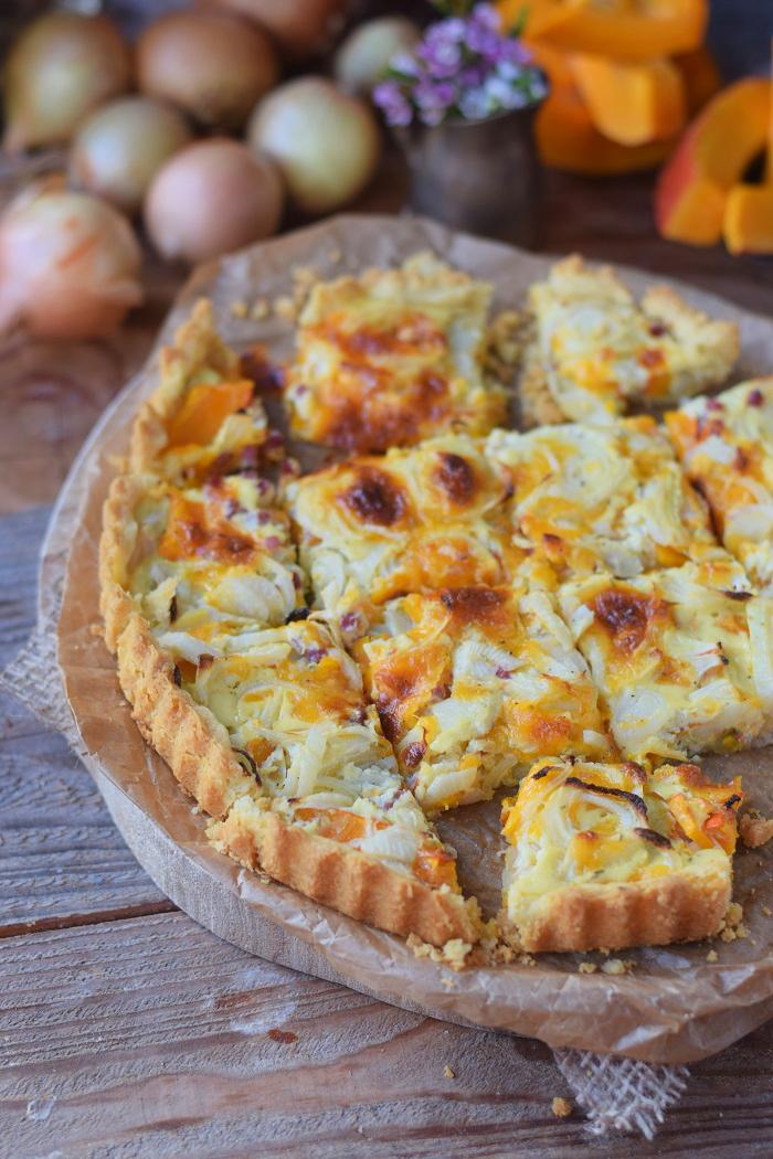 Zwiebelkuchen mit Kürbis und Mürbeteig - Onion Tart Cake with pumpkin #herbst #fall #dinner #dinnertime (7)